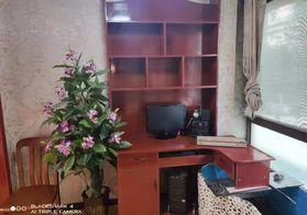 小张推介 房东急售40万左右 买圣名国际精装修两室 家具家电齐全 拎包入住